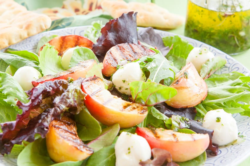 salade-peches-grillees