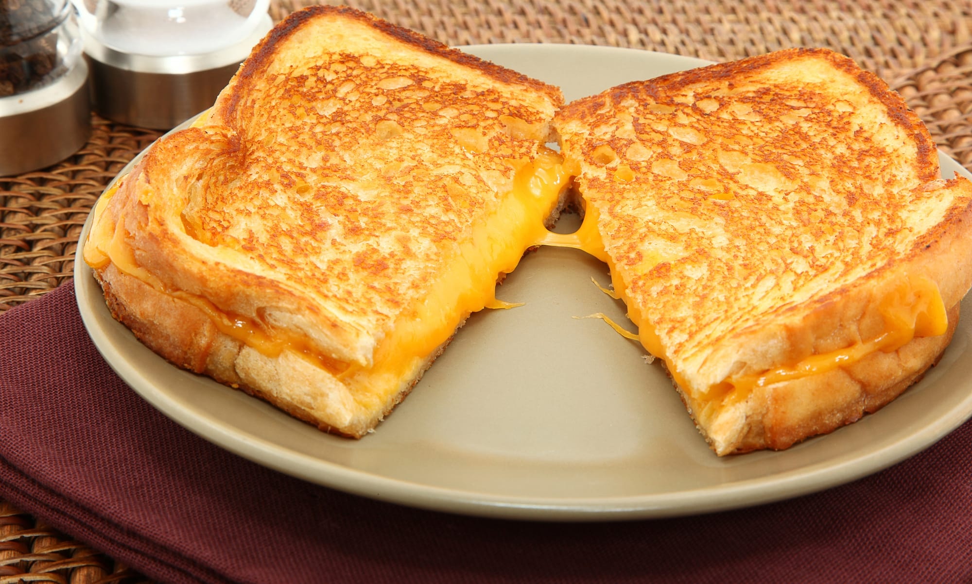 plats-reconfortants-grilled-cheese